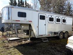 2001 EXIS XT300 ALUMINIUM GOOSENECK HORSE TRAILER WITH LIVING QUARTERS